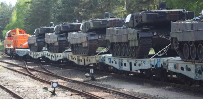 Transport czołgów Leopard 2A4 i 2A5