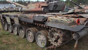 Czołg średni  T-72 nr.rej. UBC 8826 (3)