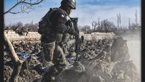 Sprawdzanie ruin kalaty przy drodze do Nani. Polska misja w Afganistanie. Fot. st. chor. szt Adam Roik. Combat Camera DO RSZ