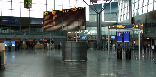 Lotnisko w Helsinkach, Finlandia. Autor: Antti Havukainen, Licencja: CC BY-SA 3.0 via Commons
