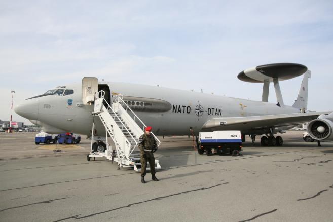 AWACS z Komponentu E-3A z Geilenkirchen w Niemczech  (zuz) PAP/Leszek Szymański