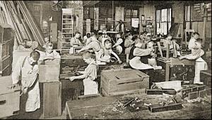 Praca w fabryce
