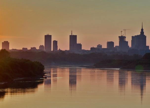 Warszawa, wieżowce, widok od strony Wisły