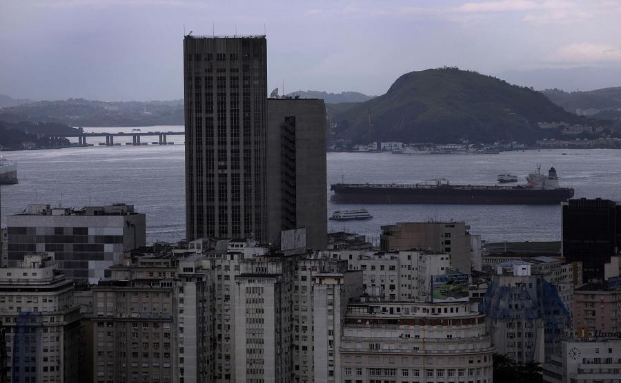 Zatoka Guanabara w Rio de Janeiro, Brazylia. 5.01.2012.