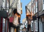 The Shambles- czyli średniowieczna, uliczka w mieście York, uznawana za najpiękniejszą w całej Wielkiej Brytanii.
