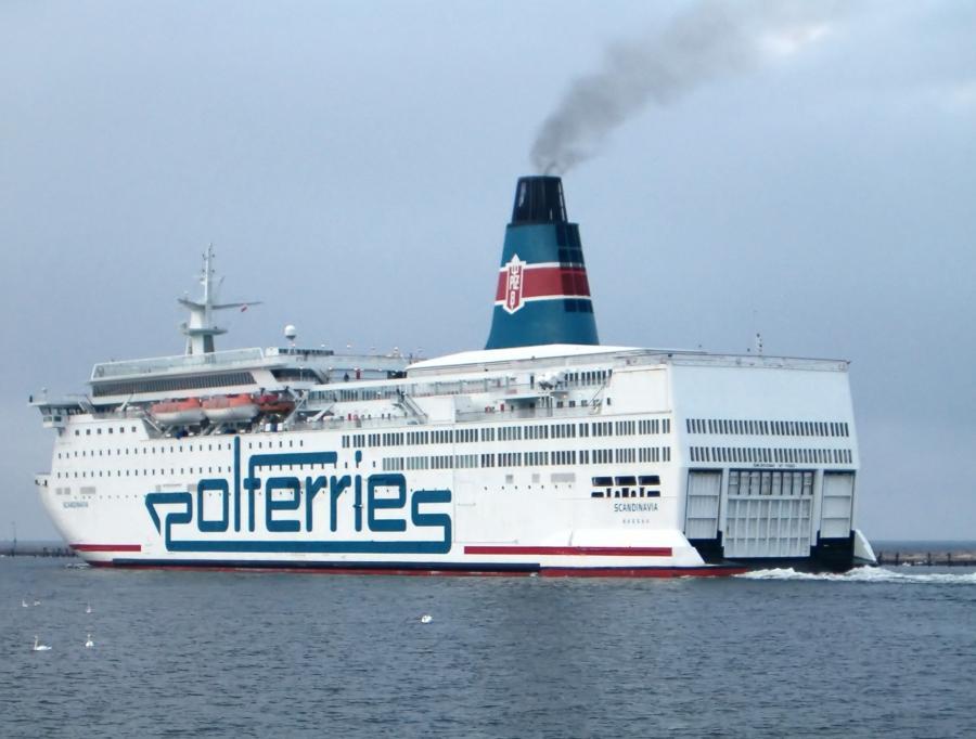 Statek Polskiej Żeglugi Bałtyckiej, źródło: Wikimedia Commons, autor: Brosen, licencja: Creative Commons Attribution ShareAlike 3.0