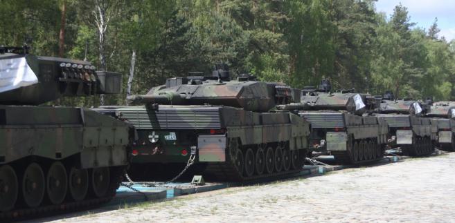 Transport czołgów Leopard 2A4 i 2A5  wojsko;kolej;czołg;