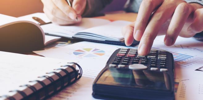 podatki, rachunki, dokumenty