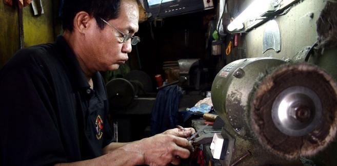 Filipińczyk w pracy