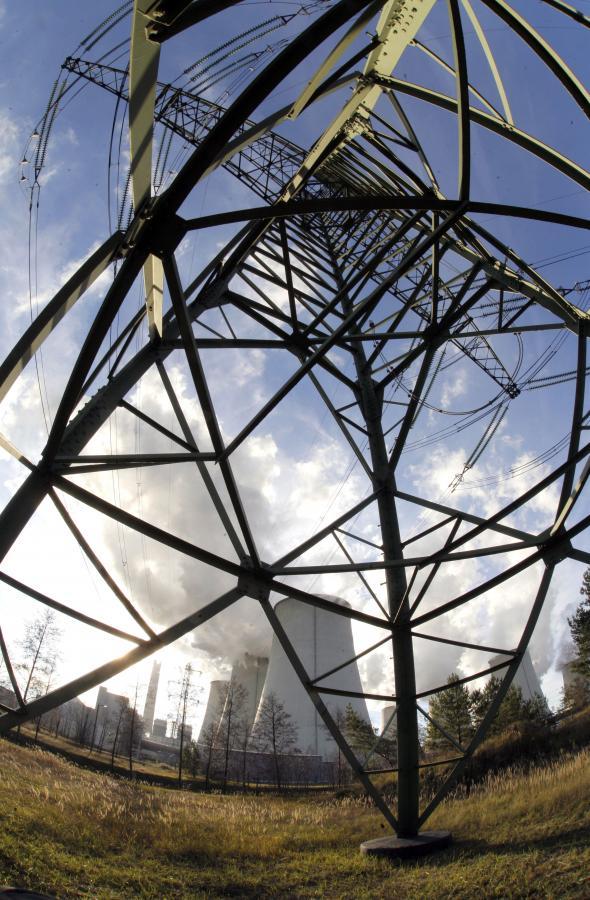 90 proc. energii na 2009 rok jej producenci już sprzedali po cenach wyższych niż obecne. fot. Bloomberg