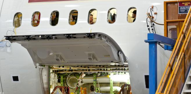 Montaż samolotów 787 Dreamliner w fabryce Boeinga w Everett w stanie Waszyngton
