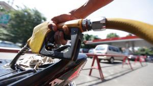 Tankowanie na stacji paliw